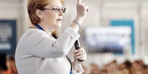 Минздрав обеспечит гастарбайтеров и их семьи бесплатным лечением по ОМС