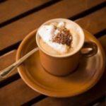 Звенит в ушах: выпейте кофе