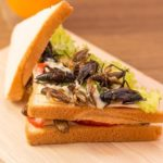Ученые рекомендуют есть больше насекомых - они полезны и питательны