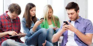 Какие черты личности повышают риск зависимости от соцсетей