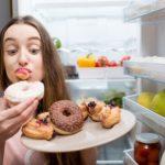 Россияне едят все больше сладкого. Как минимизировать вред сладостей для здоровья?