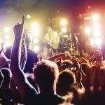 Алкоголь и наркотики на концертах способствуют потере слуха