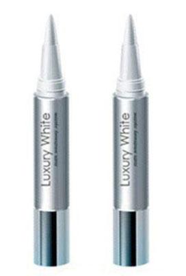 Luxury White Pro – карандаш для домашнего отбеливания зубной эмали