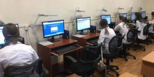 Работу мечты ищут будущие врачи