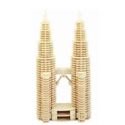 Собранная модель здания