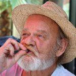 Исследование: Как связаны алкоголь и курение со старением мозга