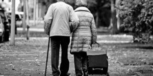 Какие признаки с высокой точностью предсказывают возникновение деменции