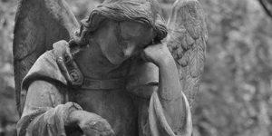 Кто умирает от COVID-19 чаще всего: международная статистика и возраст