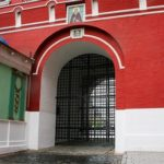 В Москве закрывают развлекательные центры и культурные учреждения